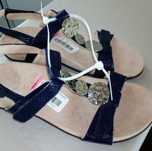New Vionic T Strap sandals  Navy Size 6.5 or 7